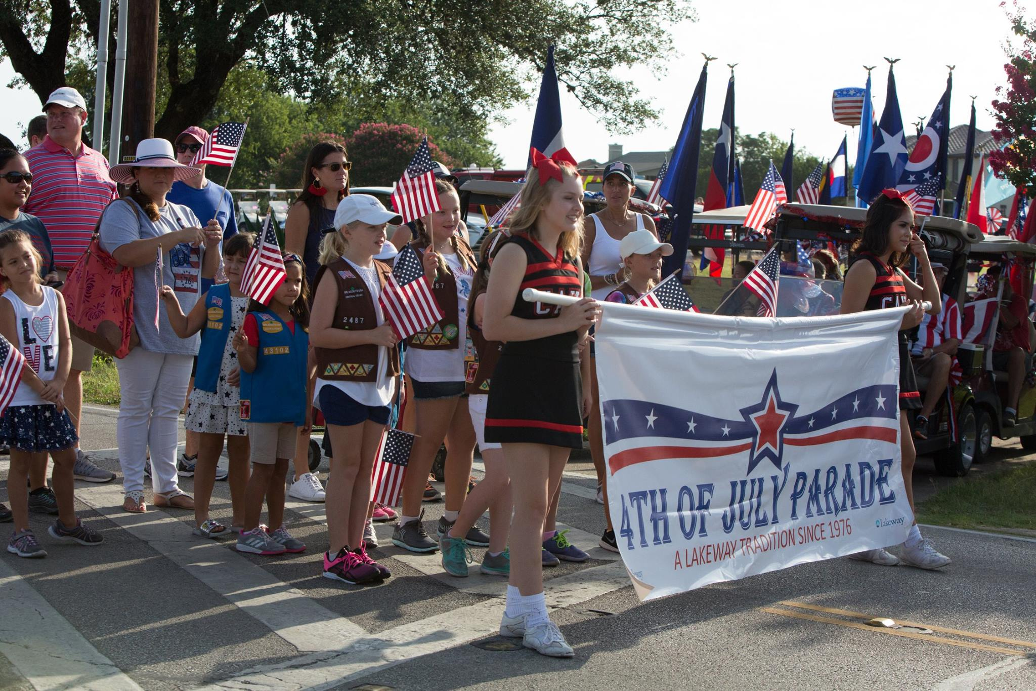 July 4 Parade 2017 - Stepping Off with Banner (JPG)
