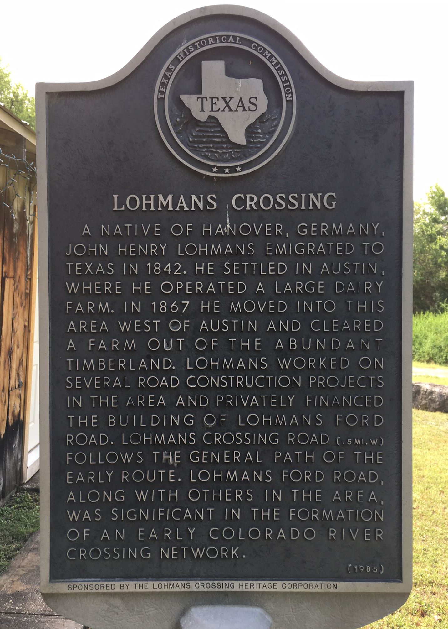 Lohmans Crossing state historical marker